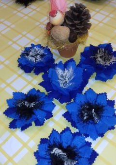 Brooch cornflower