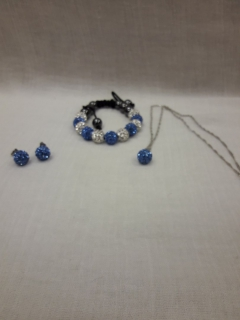 Еarrings, necklace, bracelet set